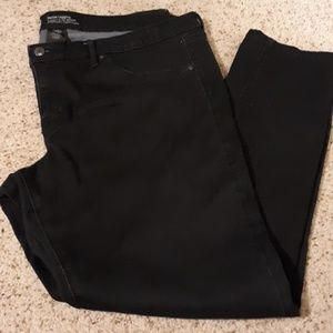 Skinny Black Denim Legging